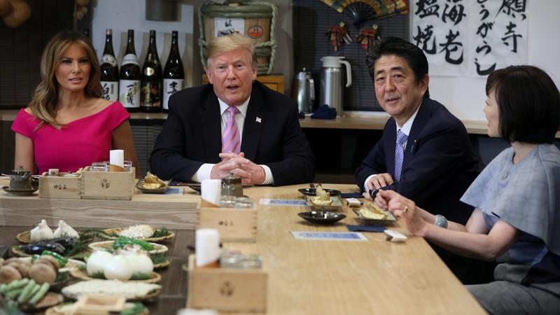 トランプ大統領が訪れた炉端焼きの店名・メニューは?場所はどこ?